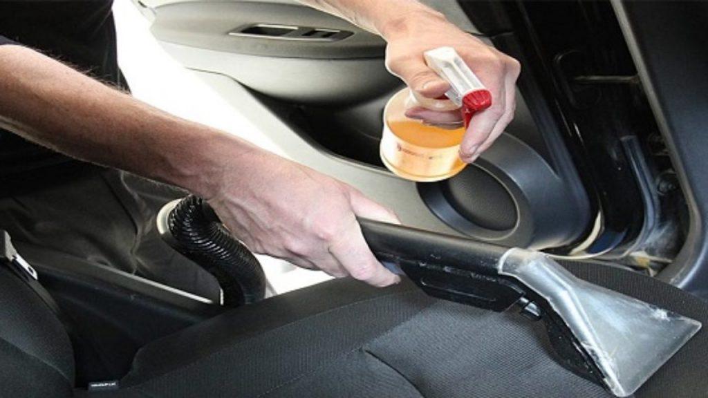 Menghilangkan Bau AC Mobil